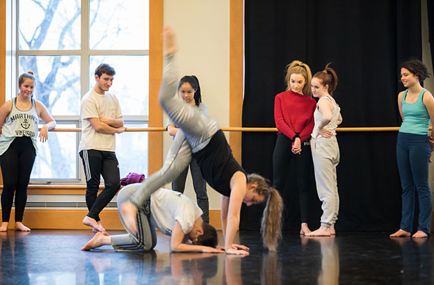 In a Guest Artist Residency, Lily Kind '04 Brings Her Love of Vernacular and Experimental Dance Back to CA 2