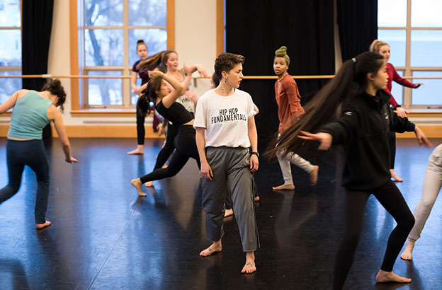 In a Guest Artist Residency, Lily Kind '04 Brings Her Love of Vernacular and Experimental Dance Back to CA 3